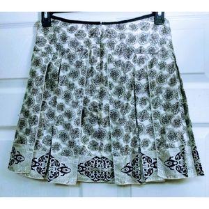WHBM black and white silk pleated skirt